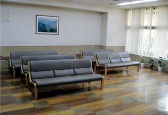 大塩病院 待合室